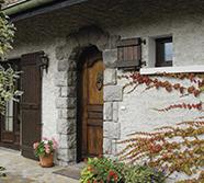 Besoin d'une belle porte d'extérieur ? Explorez le catalogue Tryba !